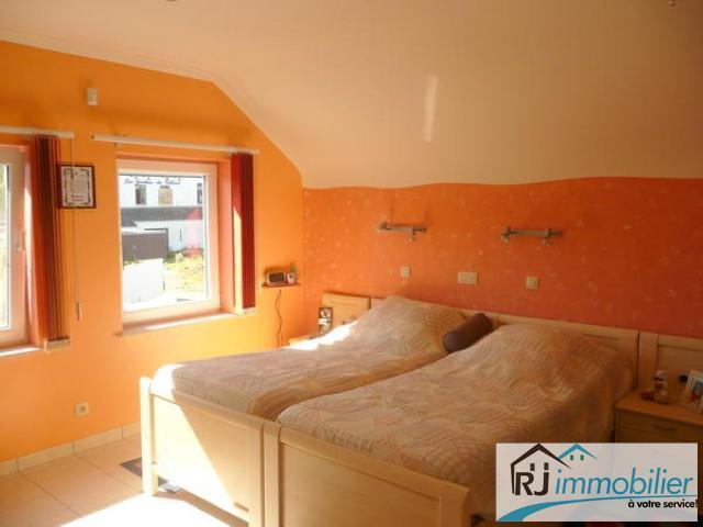 Villa - Montigny-le-Tilleul - #1450379-9