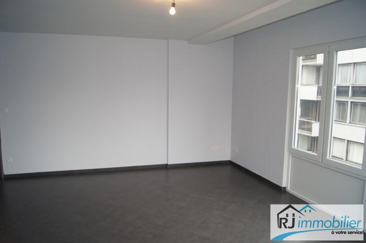 Appartement - Charleroi - #1499068-2