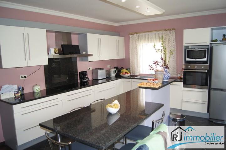 Villa - Anderlues - #1501162-9
