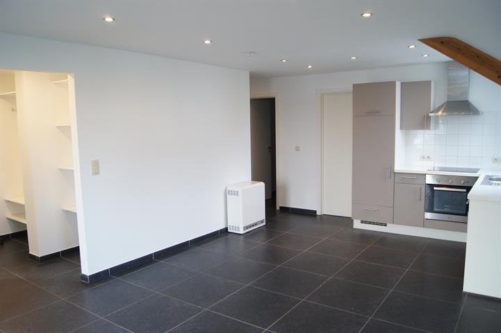 Appartement - Florennes Hemptinnelez-Florennes - #3734501-1