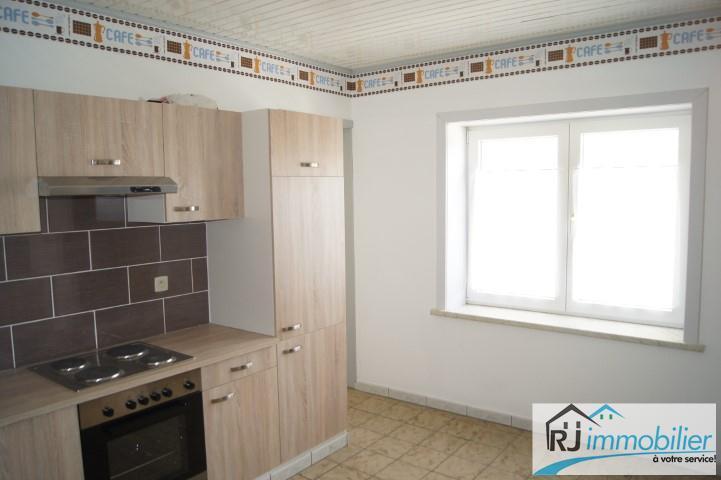 Maison - Fleurus - #3945678-3